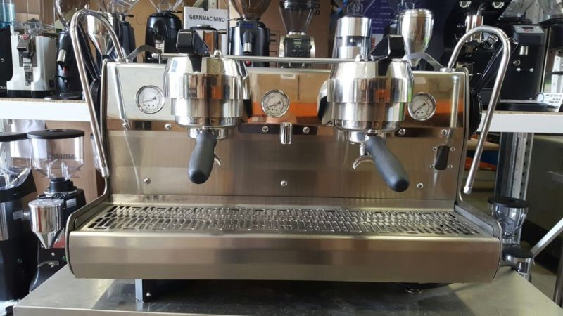 2 Group 2011 Synesso Hydra Paddle Commercial Coffee